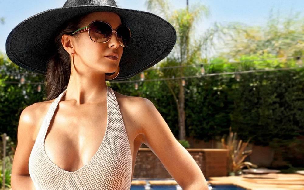 戴帽子的性感美女