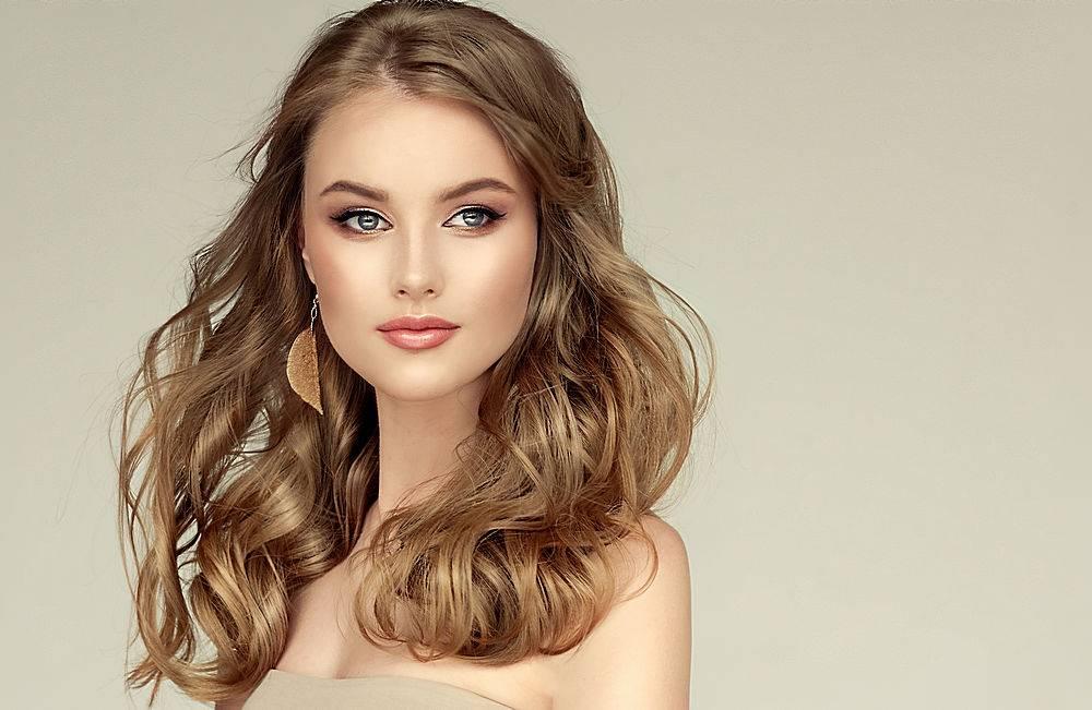 画脸人化妆纹眉染发素材