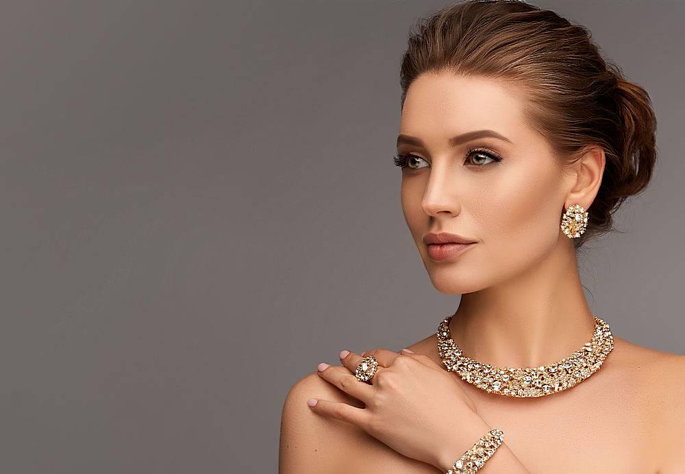 高雅知性的美女模特